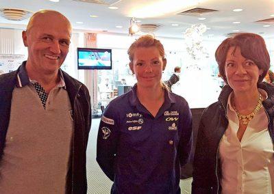 Marie Dorin-Habert, Championne du Monde de Biathlon 2014 en compagnie de Florence et Thierry